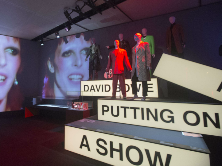 Expo-David-Bowie-is-on-y-a-ete-on-vous-dit-tout.png